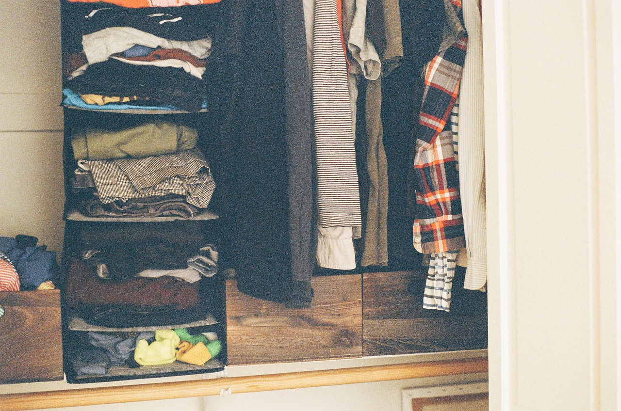 steps-to-packing-your-closet